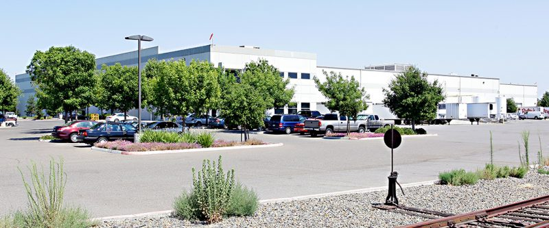 Raleys Leased Warehouse 3925 Seaport Boulevard Header