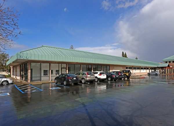 10009-10025 Folsom Blvd storefront
